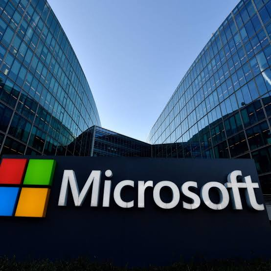 Microsoft co-founder ousted from board amidst probe into Relationship with employee, report says.