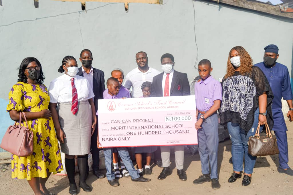 Amidst Post Covid-19 Crisis, Young Aderolayo Presents N100 000 to School