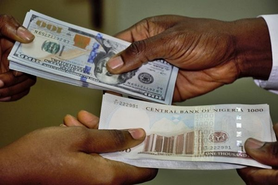 See how much the naira exchanges to the dollar
